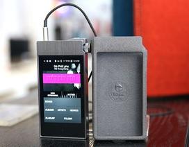 Đập hộp máy nghe nhạc Astell&Kern AK 100II giá hơn 20 triệu tại Việt Nam