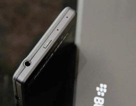 Đập hộp Blackberry P'9983 Graphite đầu tiên tại Việt Nam