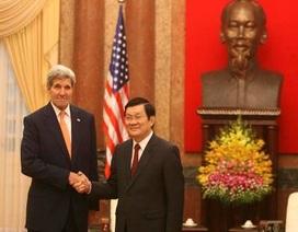 Những hình ảnh đầu tiên của Ngoại trưởng Mỹ John Kerry tại Hà Nội
