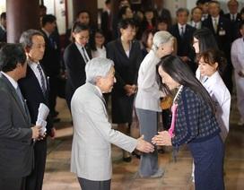Cuộc gặp giản dị, xúc động của Nhật hoàng với cựu du học sinh Việt Nam