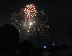 Đà Nẵng bắn pháo hoa trên sà lan giữa sông Hàn dịp quốc khánh