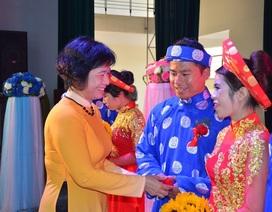 Đà Nẵng tổ chức lễ cưới tập thể cho 8 cặp đôi công nhân