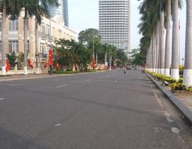 Đường phố thoáng đãng ngày đầu năm