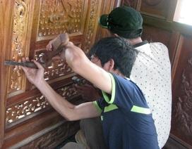 Thợ miền Bắc vào Đà Nẵng tháo dỡ biệt phủ của đại gia vàng