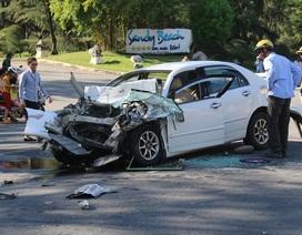 Vụ ô tô bị tông nát đầu: Một nạn nhân tử vong