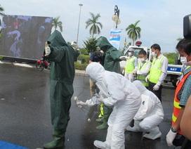 Diễn tập ứng phó sự cố nguồn phóng xạ bị văng xuống đường