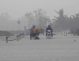 Miền Trung: 14 người chết,  3 người bị thương do mưa lũ