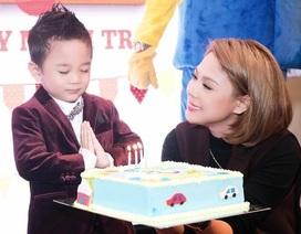 Thanh Thảo làm sinh nhật hoành tráng cho con trai nuôi Jacky