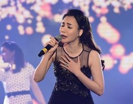"""Hồ Quỳnh Hương tái xuất với nhan sắc """"khác lạ"""""""
