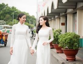 Hoa hậu Pháp cùng Kỳ Duyên thướt tha áo dài dạo phố