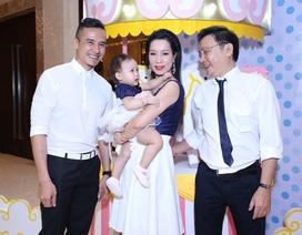 Sao Việt đến mừng thôi nôi con gái Trịnh Kim Chi