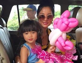 Thúy Nga đưa con gái về nước học văn hóa Việt