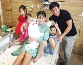 Vợ chồng Lý Hải hạnh phúc khoe quý tử mới sinh