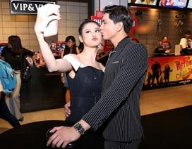 Tim tình tứ hôn Trương Quỳnh Anh trong sự kiện