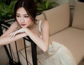 Hoa hậu Đặng Thu Thảo e ấp mặc váy cưới