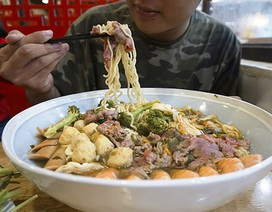 """Những món ăn """"khổng lồ"""" làm điên đảo người Sài Gòn"""