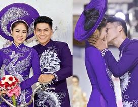 """Diễn viên Lê Phương """"khóa môi"""" người tình kém tuổi trên sân khấu"""