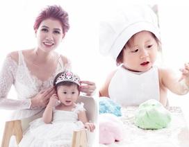 Trang Trần khoe con gái đầu lòng tròn 1 tuổi