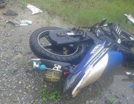3 thanh niên cùng tử nạn sau cú tông xe khách