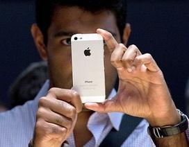 """""""Mổ xẻ"""" nội thất bên trong của iPhone 5"""