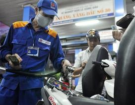 Giá xăng sẽ giữ nguyên, dầu sắp giảm 300 đồng/lít?