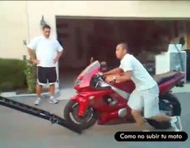 Những tai nạn ngớ ngẩn của các biker...