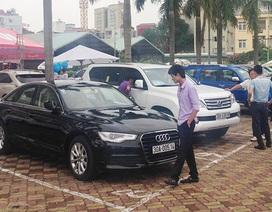 Hội chợ ôtô cũ được tổ chức tại Hà Nội
