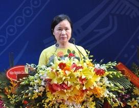 """Tân nữ giáo sư Toán học Việt Nam: Đừng bắt giới trẻ """"nhịn đói"""" để làm khoa học"""