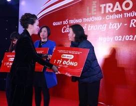 """Rộn ràng lễ trao giải thưởng """"tiền tỷ"""" của Vingroup Card"""