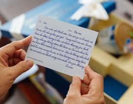 Ensure Gold trao tặng hàng ngàn món quà sức khỏe đến cha mẹ