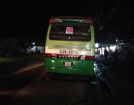 Cố vượt xe buýt, 1 thanh niên tử vong