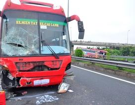 Vụ 5 ô tô đâm nhau trên cao tốc: Khởi tố 2 lái xe khách