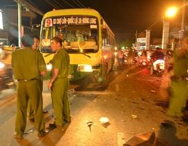 Xe máy đâm trực diện xe buýt, một người tử vong