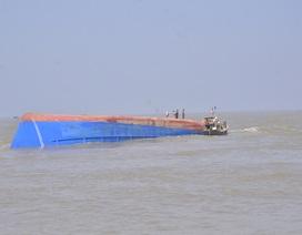 Sà lan bị đâm chìm trên biển, 4 thuyền viên được cứu sống