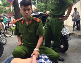 Cảnh sát chữa cháy truy đuổi cướp trên đường phố Sài Gòn