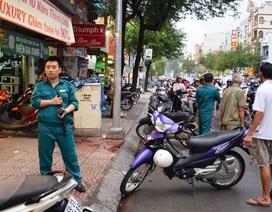 Người đàn ông bị chém gần đứt lìa cánh tay ở Sài Gòn