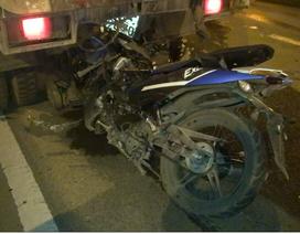 Chạy xe máy vào làn ô tô, 3 thanh niên tử nạn