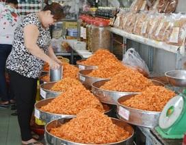 Cận Tết, thực phẩm khô tăng giá vẫn đắt hàng