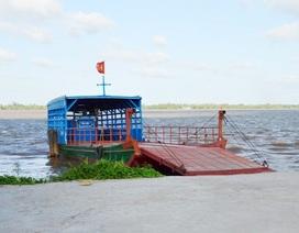 Người dân đồng lòng muốn mở bến phà qua sông, chính quyền làm khó?