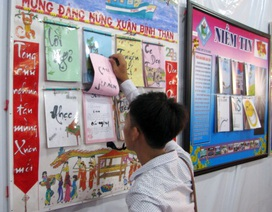 Ấn tượng tờ báo tường đón Xuân của học sinh Cà Mau