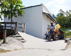 Sóc Trăng: Trưởng ấp ngang nhiên xây nhà trái phép ngay đầu cầu