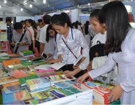 """Trưng bày gần 22.000 đầu sách tại """"Ngày Sách Việt Nam"""" 2016"""