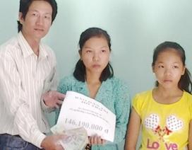 Trao hơn 146 triệu đồng đến gia đình em Trần Huỳnh Ngọc Nữ