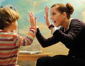 Cha mẹ là bác sĩ trị liệu tốt nhất cho trẻ tự kỷ