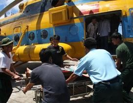 Trực thăng vượt thời tiết xấu, đưa bệnh nhân từ đảo về đất liền