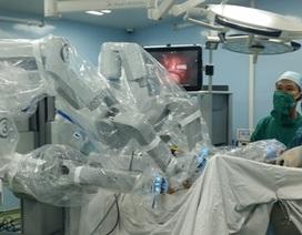 Bệnh viện đầu tiên tại phía Nam triển khai phẫu thuật rô-bốt