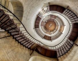 Mê mẩn với vẻ đẹp xoắn ốc của những chiếc cầu thang