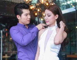 """Trương Nam Thành """"dính như sam"""" bên hotgirl 9X"""
