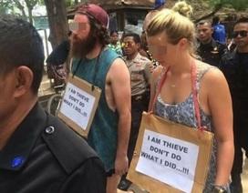 """Du khách phải đeo biển """"tôi là kẻ trộm"""" trên đường phố Indonesia"""