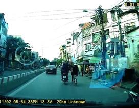 Hà Nội: Cướp giật ngay trên phố